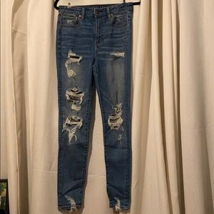 American Eagle women's ripped jeans